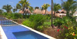 Dreams Resorts Swimouts