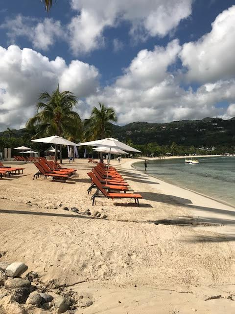 moon palace jamaica beach