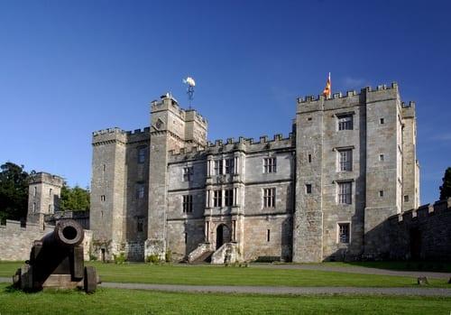 castles - chillingham