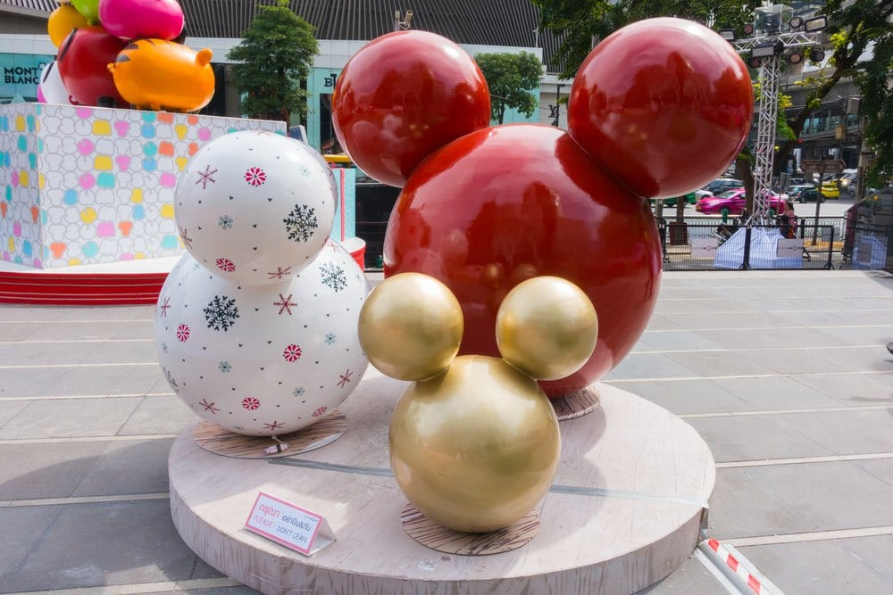 Disney Christmas - Mickey Statues
